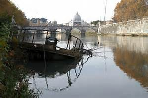 Dead Body in Tiber River