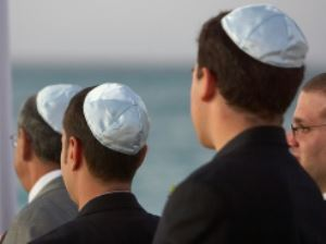 Newchurchers in Jewish Kippahs